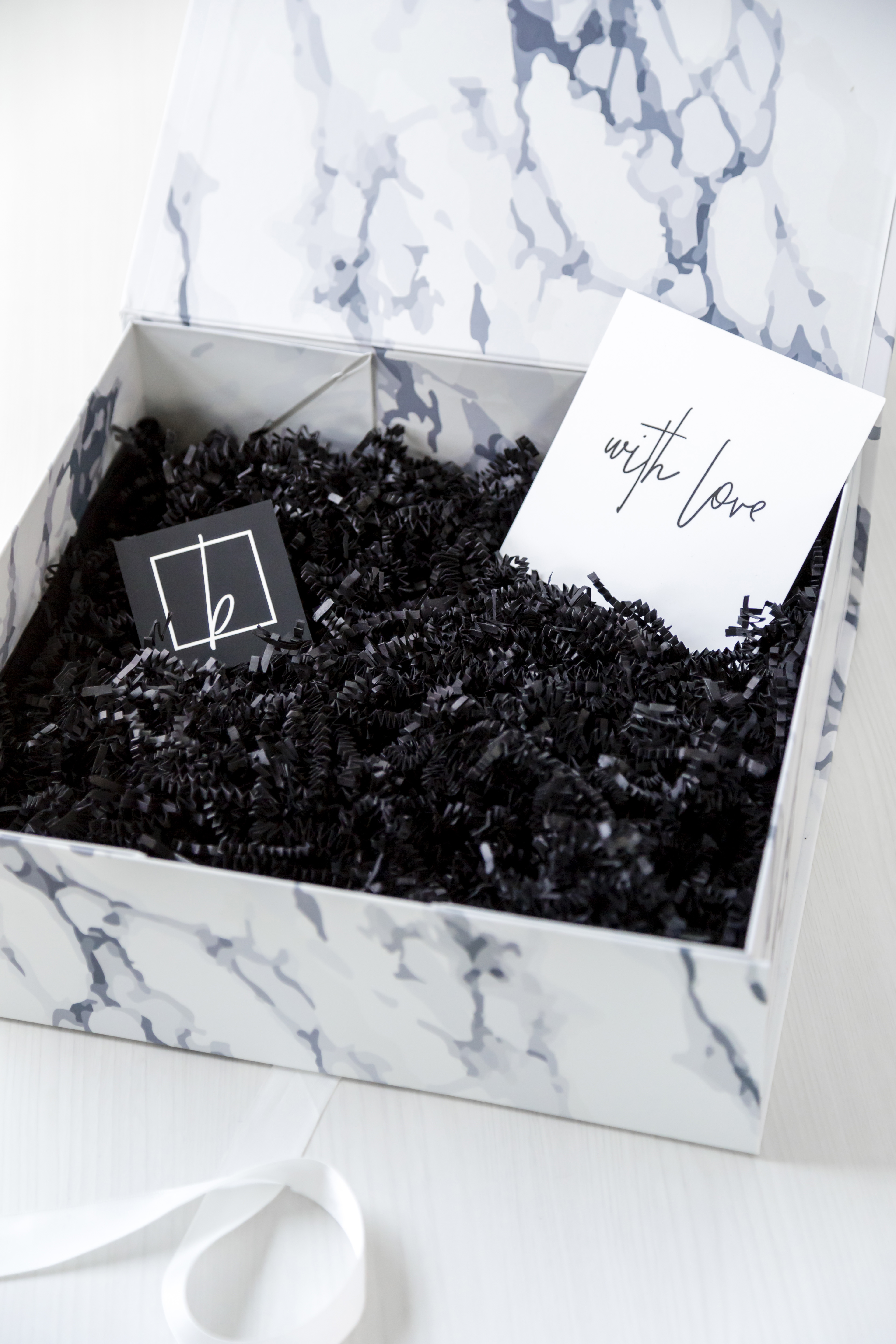 marbleous darling – blankbox marble gift box